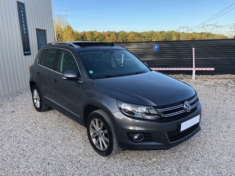 Volkswagen TIGUAN 2.0 TDI 140CH BLUEMOTION TECHNOLOGY FAP CARAT Diesel ANTHRACITE Occasion à vendre