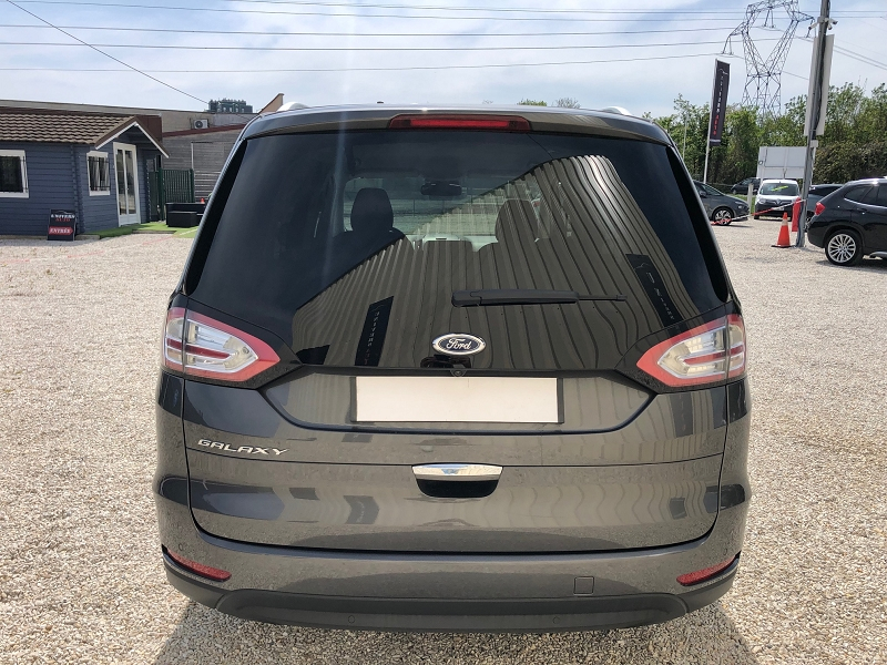 Photo 11 de l'offre de FORD GALAXY 2.0 TDCI 150CH STOP&START TITANIUM POWERSHIFT à 17690€ chez Univers auto